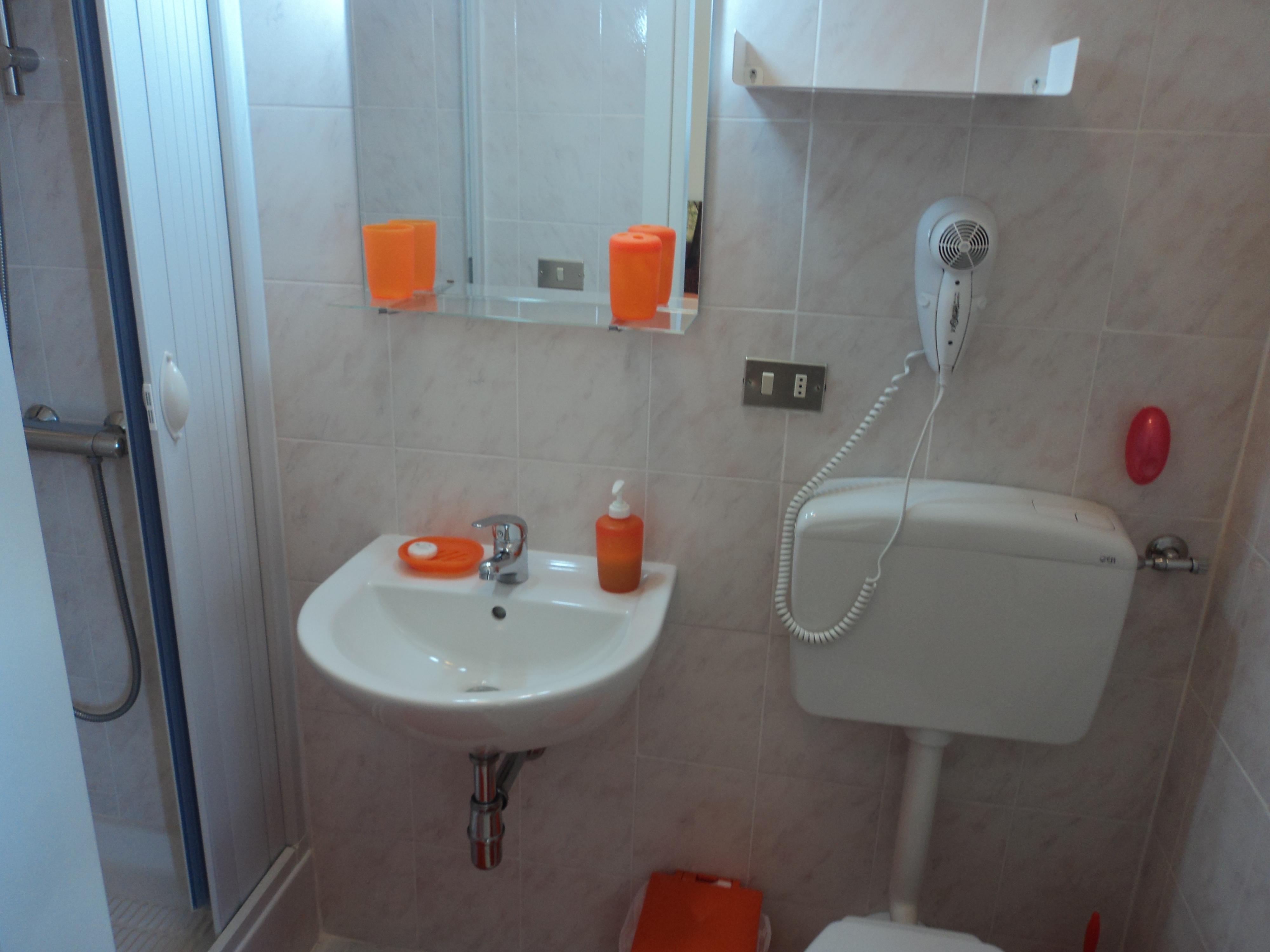 Bagno stanza autunno